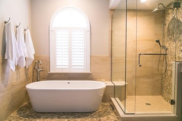 Free Standing Tub Master Bath