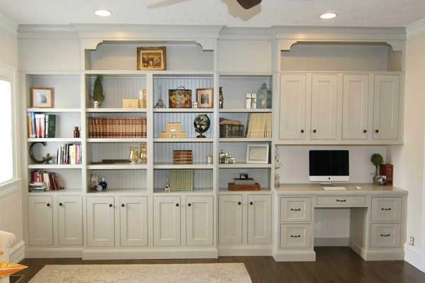 Built in Bookshelf and Desk